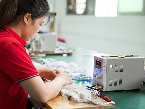 亚美云创-LED控制器检测