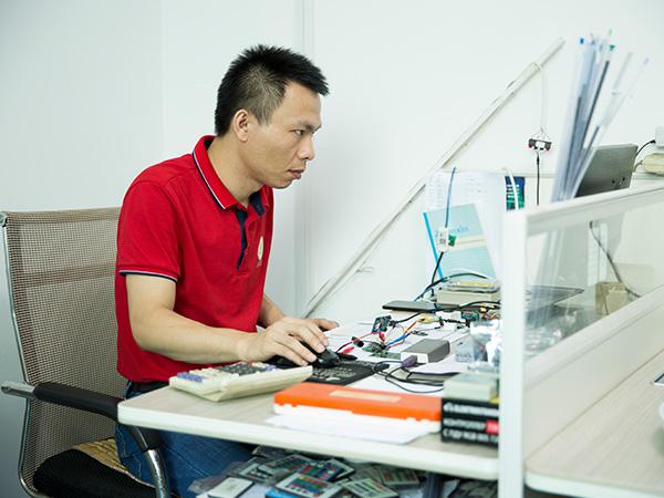 亚美云创-LED控制器工程师